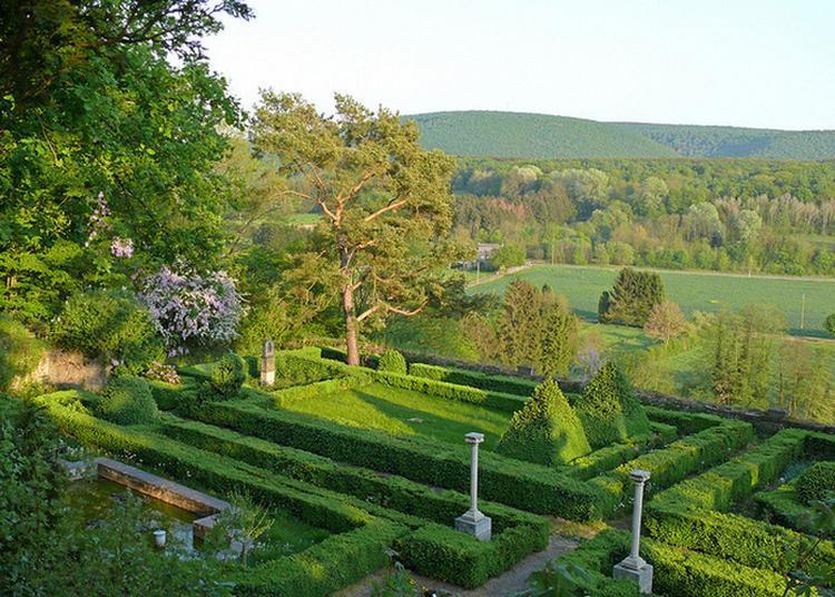 Visite Guidée Des Ruines Du Château De Hierges Et Ses Jardins