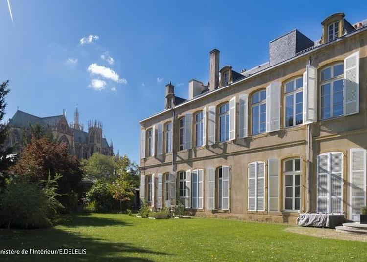 Visite Guidée Des Salons Et Des Jardins De Cet Hôtel Administratif à Metz