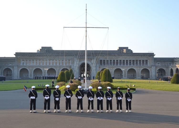 Visite Guidée Du Centre D'instruction Naval De Brest