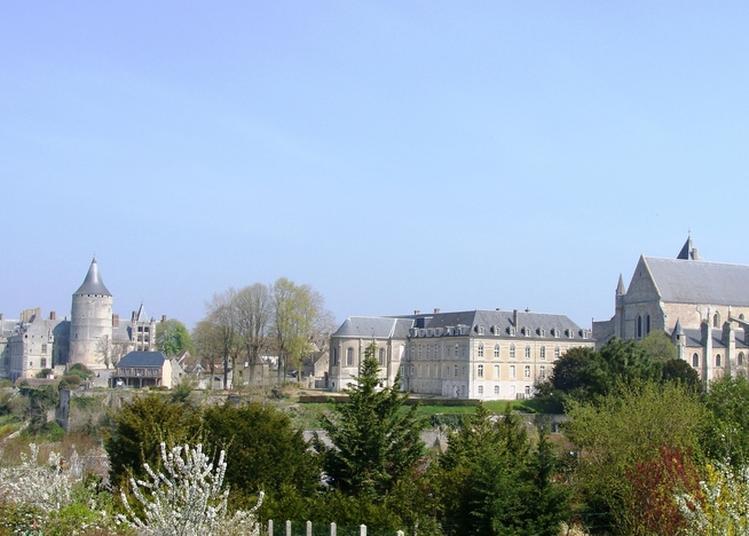 Visite Guidée Du Centre Historique à Chateaudun