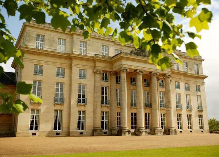 Visite Guidée Du Château De Bénouville à Benouville
