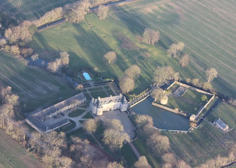 Visite Guidée Du Château De Courcy à Fontenay sur Mer
