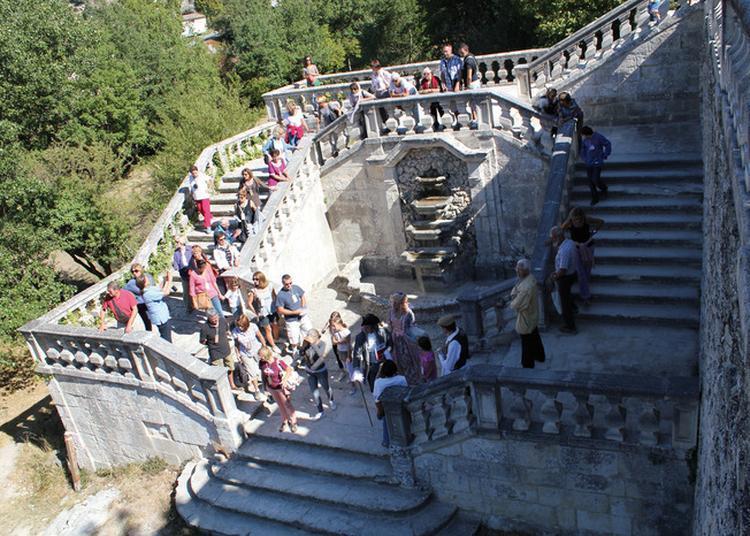 Visite Guidée Du Château De L'environnement à Bonnieux