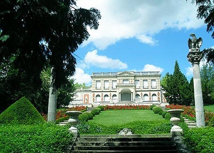 Visite Guidée Du Château De La Louvière. à Montlucon