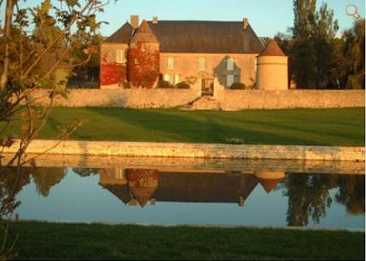 Visite Guidée Du Château De Romenay à Diennes Aubigny