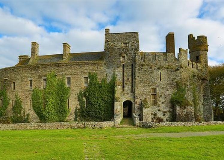Visite Guidée Du Château Fort De Pirou