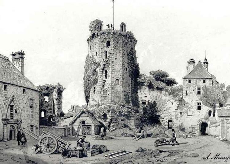 Visite Guidée Du Château Médiéval De Bricquebec