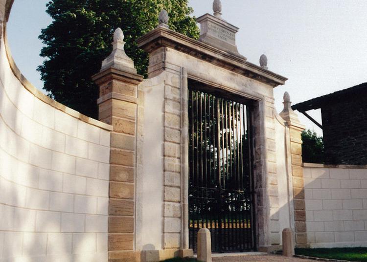 Visite Guidée Du Domaine De Champgrenon à Charnay les Macon