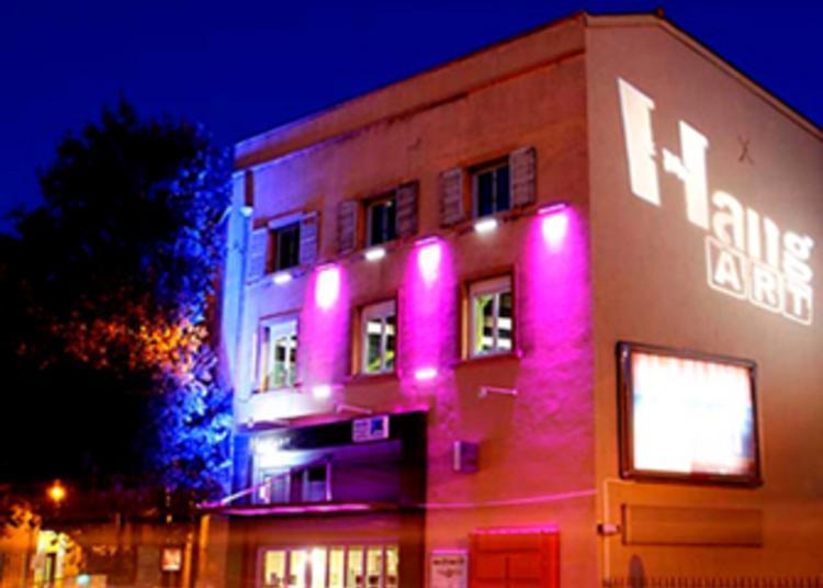 Visite Guidée Du Hangart, Un Espace Culturel Pluridisciplinaire. à Marseille