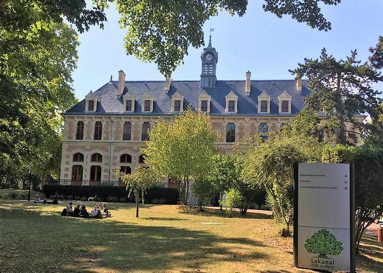 Visite Guidée Du Lycée Lakanal à Sceaux