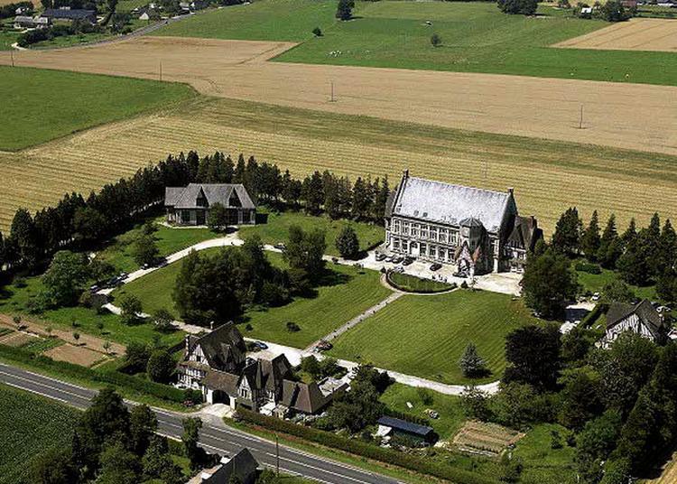 Visite Guidée Du Manoir De Bellevue à Louvetot