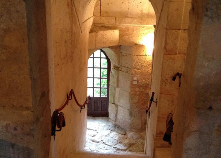 Visite Guidée Du Manoir De La Fresnaye à Saint Germain de la Coudre