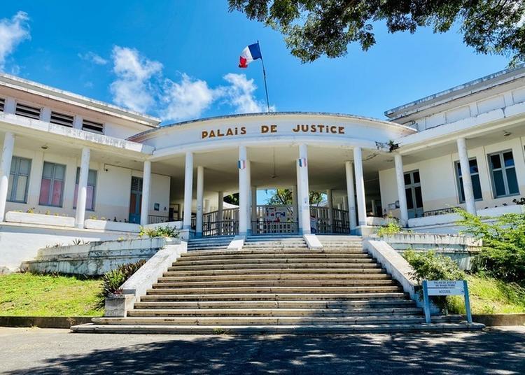 Visite Guidée Du Palais De Justice à Basse Terre