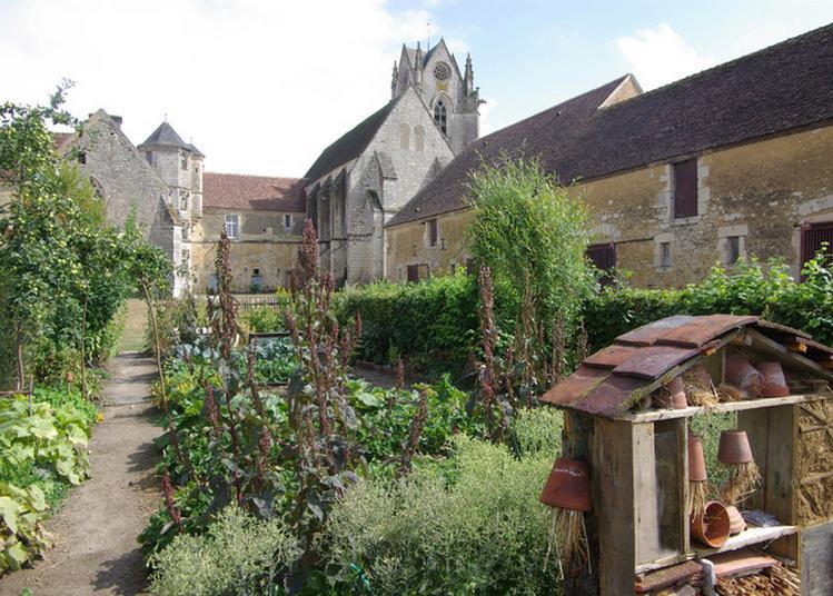 Visite Guidée Du Prieuré De Sainte-gauburge à Saint Cyr la Rosiere