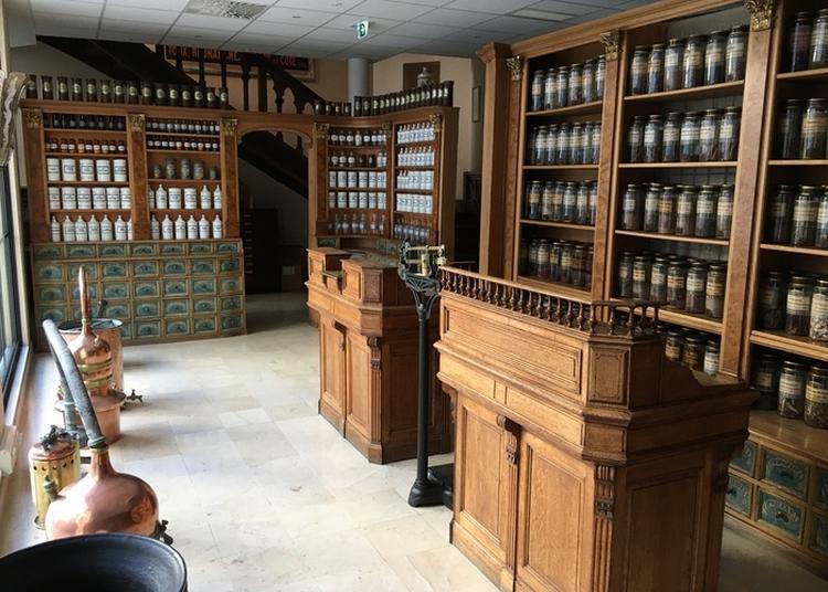 Visite Guidée Du Siège De L'ordre National Des Pharmaciens à Paris 8ème