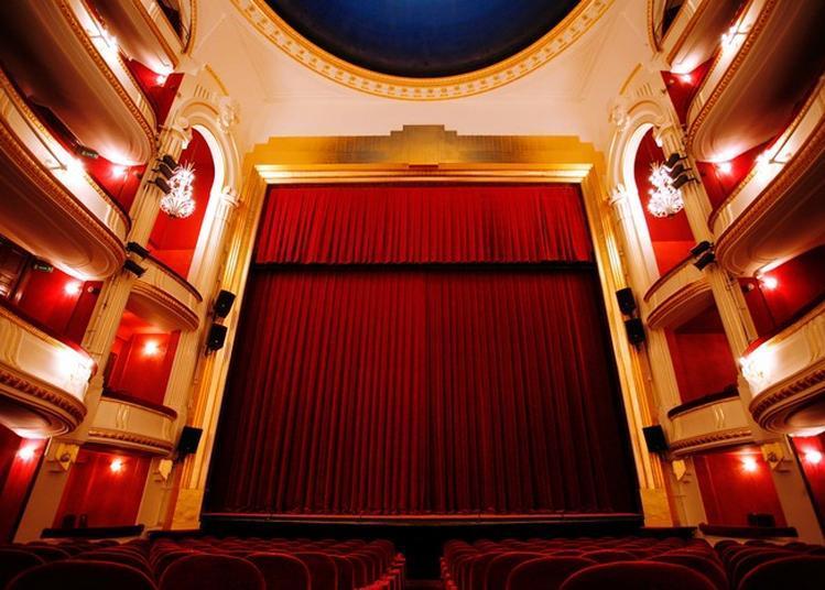 Visite Guidée Du Théâtre De La Porte Saint-martin à Paris 10ème