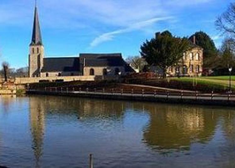 Visite Guidée Du Village Et Des Ses édifices à Neville