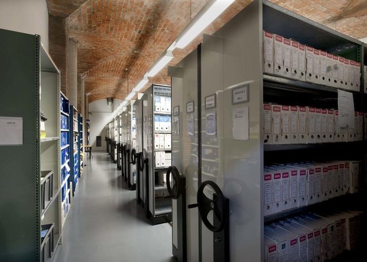 Visite Guidée En Lsf Des Coulisses Des Archives à Toulouse