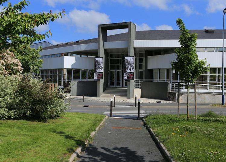 Visite Guidée Et Commentée Des Archives Départementales De La Creuse. à Gueret