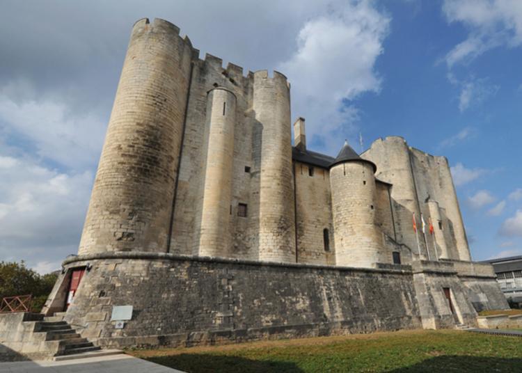 Visite Guidée Histoire Et Architecture à Niort