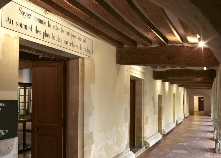 Visite Guidée Le Carmel à Saint Denis
