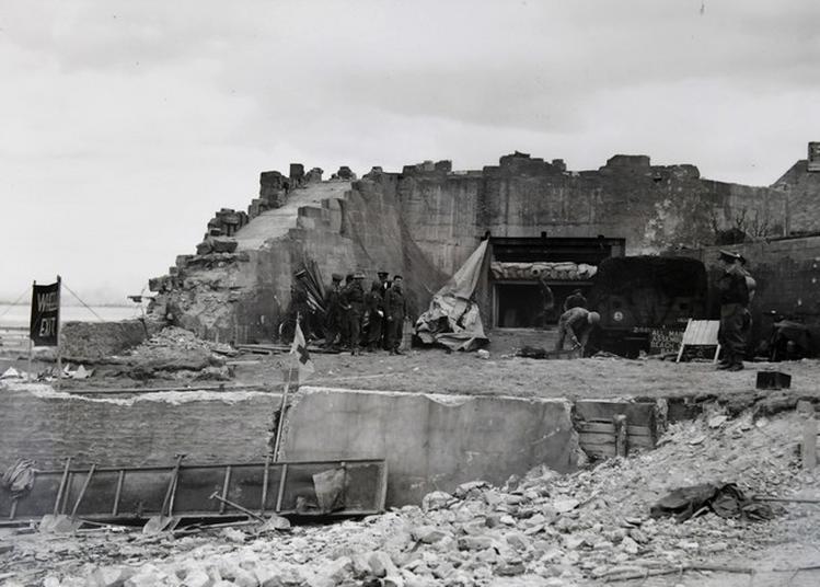 Visite Guidée : Le Mur De L'atlantique Sur Le Secteur Gold Beach King En Juin 1944. à Ver sur Mer