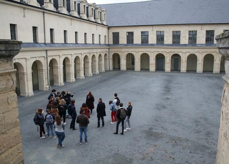 Visite Guidée  Le Tour Du Propriétaire à Caen