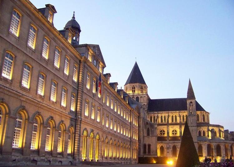 Visite Guidée Nocturne à Caen