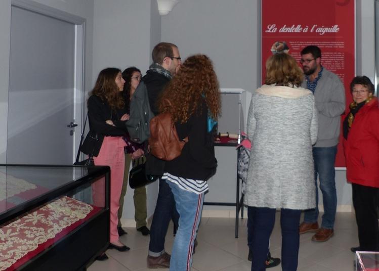 Visite Guidée Pour Ceux Qui Ne Font Pas Dans La Dentelle ! à Argentan