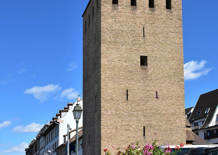 Visite Inédite D'une Tour Des Ponts Couverts De Strasbourg