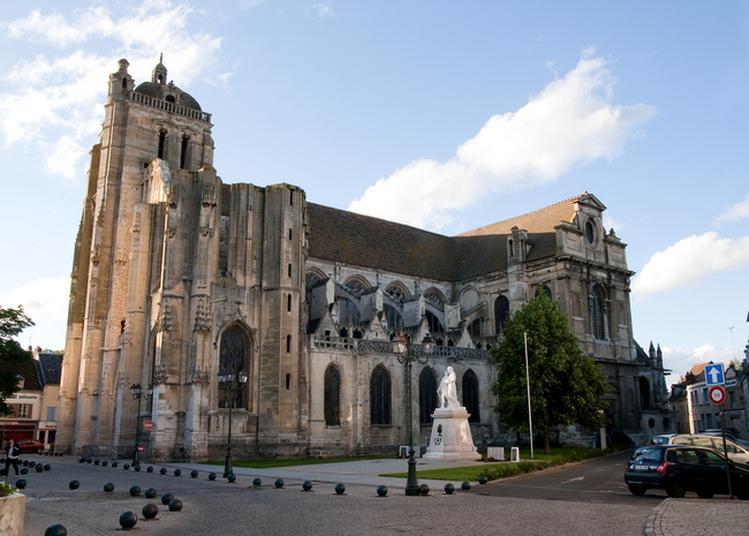Visite Libre Église Saint-Pierre à Dreux