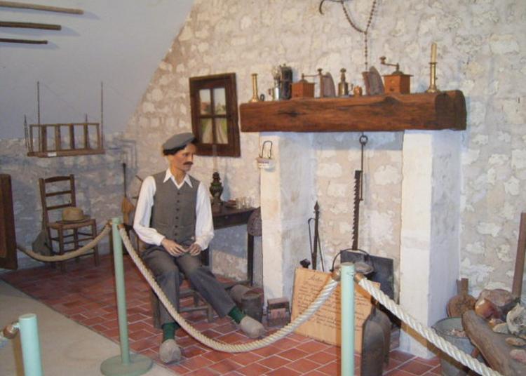 Visite Libre du musée De La Pierre À Fusil à Lucay le Male