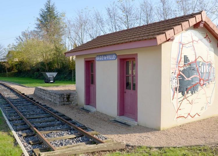 Visite Libre D'une Gare De Seconde Classe Des Tramways De L'ain. à Bage la Ville