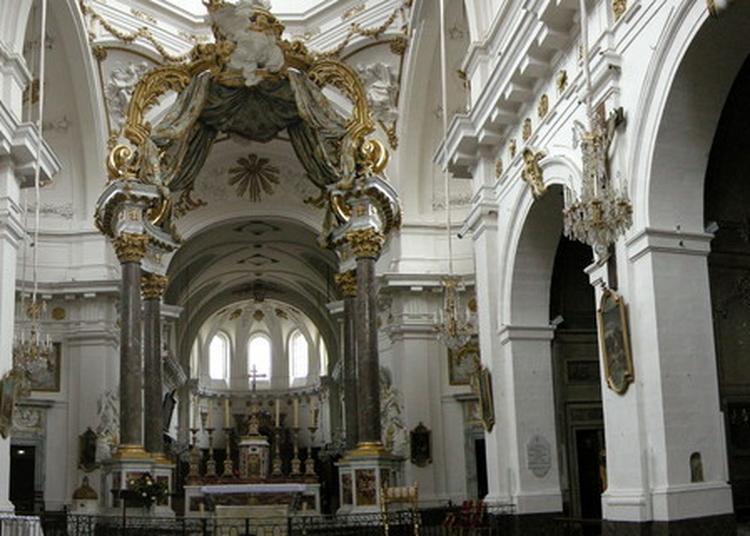 Visite Libre De L'église à Lyon