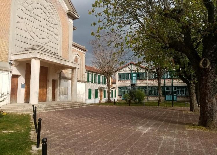 Visite Libre De L'église Saint-hilaire à La Varenne saint Hilaire
