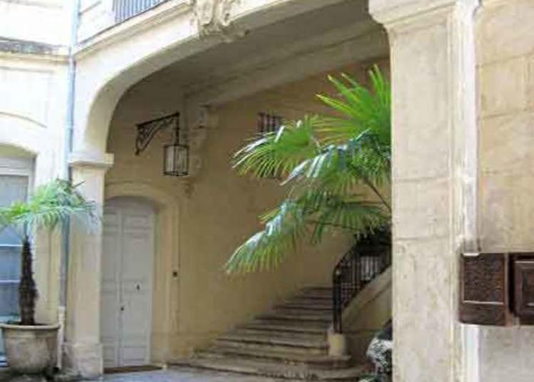Visite Libre De L'escalier Et De La Cour à Montpellier