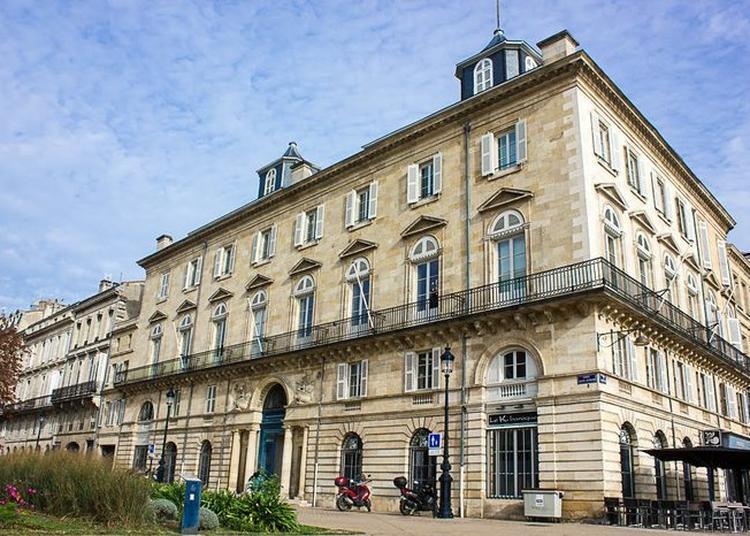 Visite Libre De L'hôtel à Bordeaux