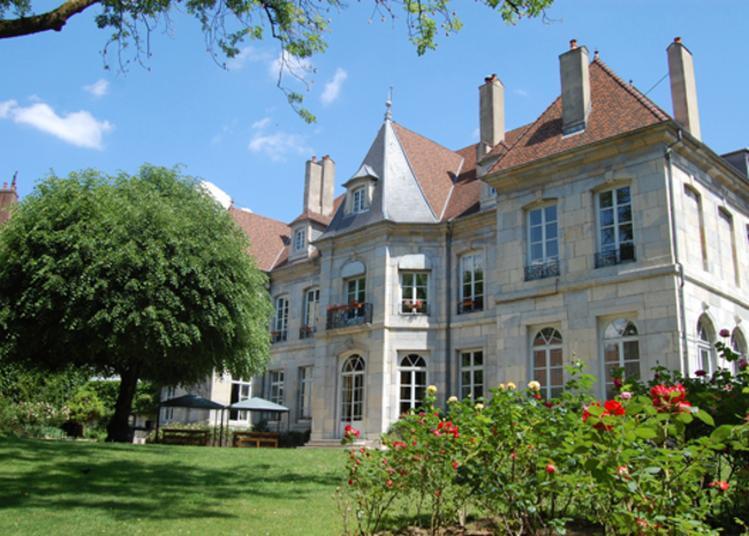 Visite Libre De L'hôtel De Grand Quartier Général Clévans à Besancon