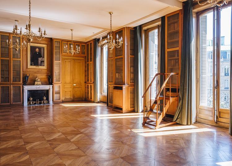 Visite Libre De L'hôtel Dosne-thiers à Paris 9ème