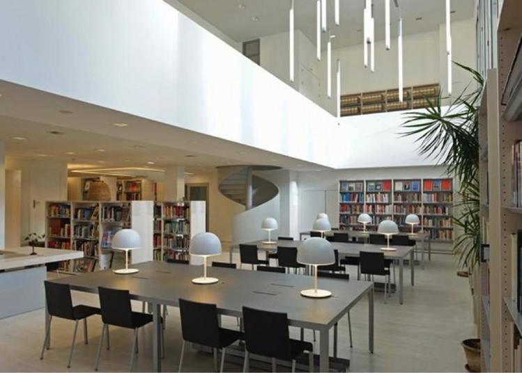 Visite Libre De La Bibliothèque Yvonne Oddon à Paris 16ème