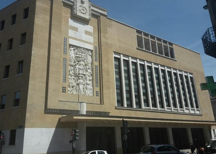 Visite Libre De La Bourse Du Travail à Bordeaux