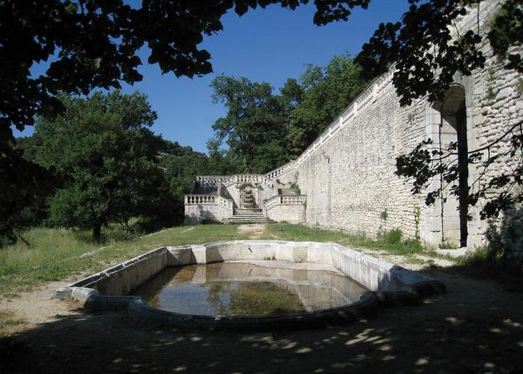 Visite Libre Des Jardins Et Des Intérieurs Du Château De L'environnement à Bonnieux
