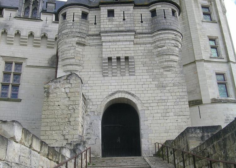 Visite Libre Du Château-musée à Saumur