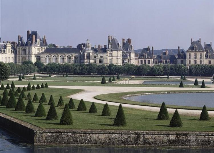 Visite Libre Du Château De Fontainebleau