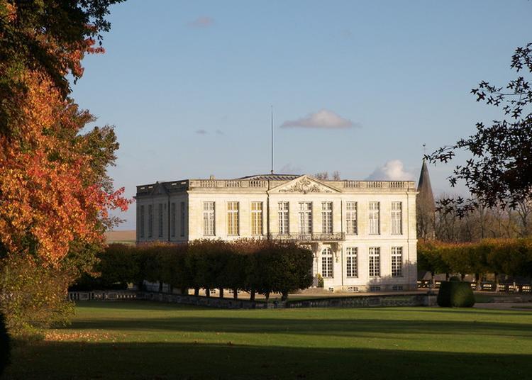 Visite Libre Du Château Et De Ses Magnifiques Jardins ! à Bouges le Chateau