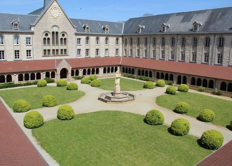 Visite Libre Du Cloître De L'institut La Croix Des Vents à Sees