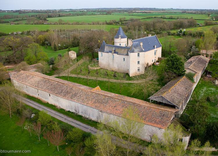 Visite Libre Du Logis De Brieuil à Chenay