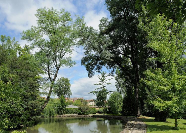 Visite Libre Du Parc De La Préfecture Et Du Conseil Général De L'ain. à Bourg en Bresse