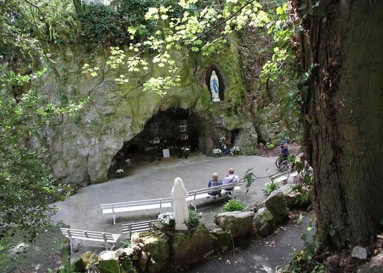 Visite Libre Du Petit Lourdes à Herouville saint Clair