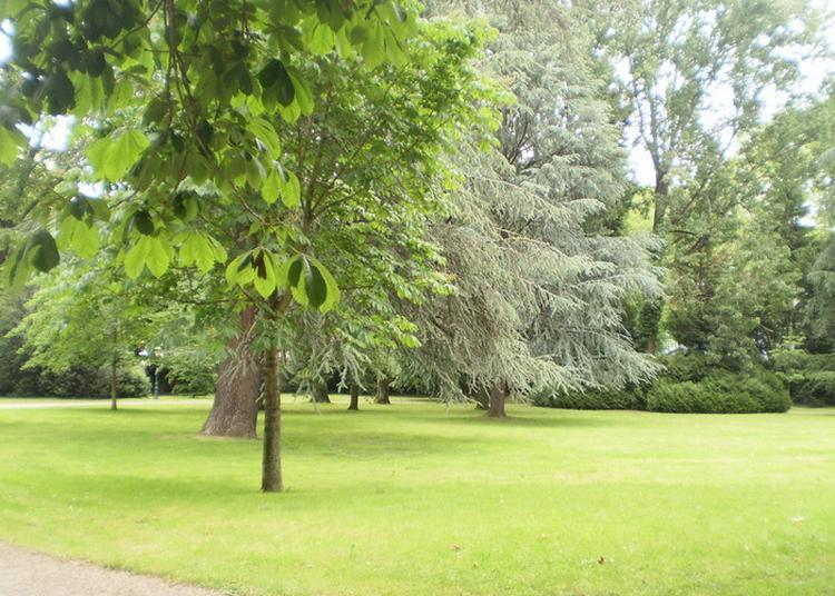Visite Libre Et Commentée Du Parc De La Préfecture De Haute-savoie à Annecy